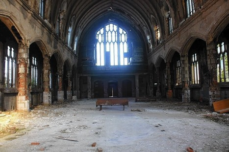 Detroit's abandoned buildings draw tourists instead of developers | Detroit | Scoop.it