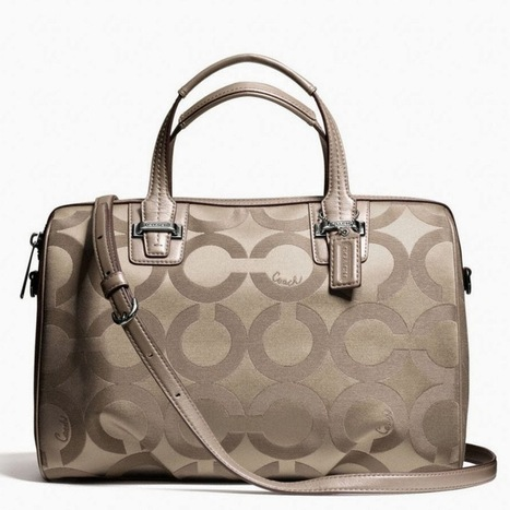 Review Tas Branded Wanita Terbaru: Tas Coach Taylor Sinature satchel -flint | Tas Wanita Cantik | Scoop.it