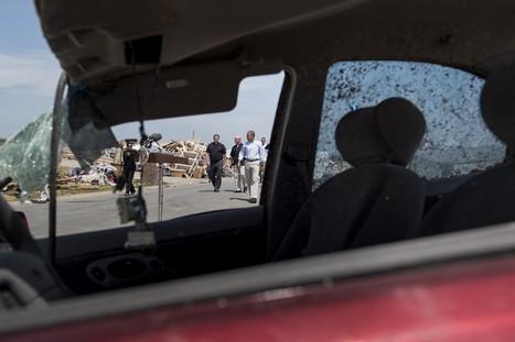 Obama visits tornado-ravaged Arkansas town | Gov & Law Ann Marie | Scoop.it
