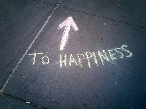 Happiness Images In Sidewalk Art, Stickers, Magnets And More (PHOTOS) - Huffington Post | I Found This in L.A. | Scoop.it