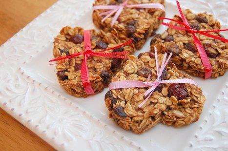 Heart-Shaped Vegan Almond Coconut Granola Bars | My Vegan recipes | Scoop.it