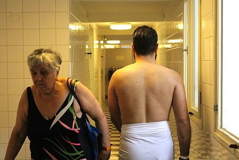 Aux bains turcs avec le consultant français du premier parti d'extrême droite hongrois | VICE France | Triangle Rouge - Résistez aux idées d'extrême droite | Scoop.it