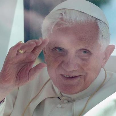 Pope's Twitter Account to Shut Down When Benedict XVI Leaves ... | DISCOVERING SOCIAL MEDIA | Scoop.it