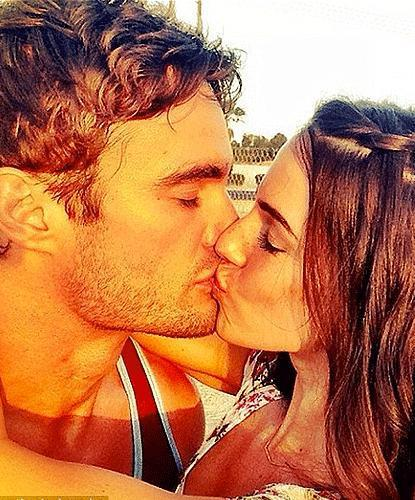 Thom Evans and Jessica Lowndes confirm relationship with loved-up photos - Sexy Balla   Daily News About Sexy Balla   Scoop.it