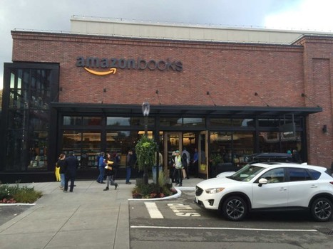 Inside Amazon's First Physical Bookstore | Pobre Gutenberg | Scoop.it