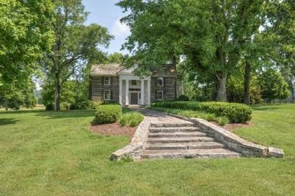 Faith and Tim's Nashville estate sold to a Houston couple   Country Music Today   Scoop.it