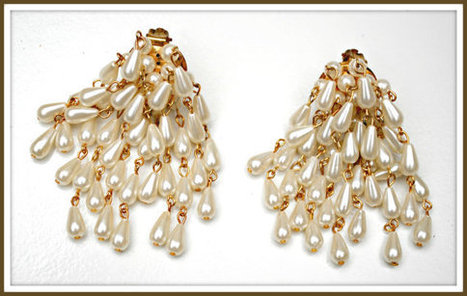 Vintage Pearl Cluster dangle earrings | serendipity treasures | Scoop.it