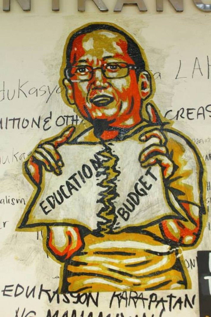 Artists install 'wheatpaste' art vs tuition hikes | Bulatlat (Philippines) | Kiosque du monde : Asie | Scoop.it
