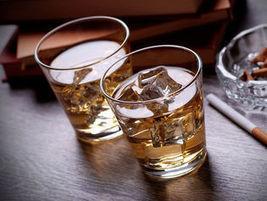 Cancer du sein : l'alcool aussi mauvais que la cigarette   Toxique, soyons vigilant !   Scoop.it