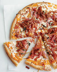 Sweet Potato, Balsamic Onion and Soppressata Pizza Recipe - Adam Erace | Food & Wine | À Catanada na Cozinha Magazine | Scoop.it