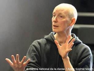 Regard porté sur Carolyn Carlson   Mon petit journal de la danse à Paris et parfois ailleurs   Scoop.it
