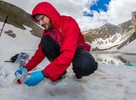 Greenpeace sul Lago di Pilato a caccia di sostanze tossiche | Le Marche un'altra Italia | Scoop.it