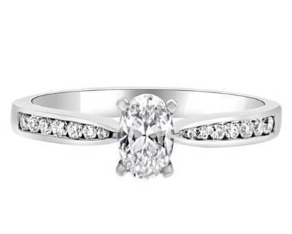 PR1019 Oval Shape Diamond Ring | Bespoke Diamonds | Engagement Rings Dublin | Scoop.it
