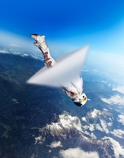 Felix Baumgartner broke the speed of sound by free... | photo and roll | Scoop.it