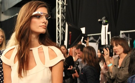 "Google Glass Graces the Runway at New York Fashion Week | La ""Réalité Augmentée"" (Augmented Reality [AR]) 