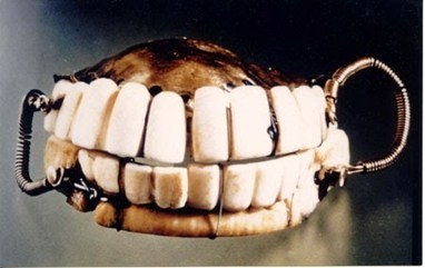 George Washington Had Teeth That Actually Were Yanked From The Heads Of His Slaves And Fitted Into His Dentures | Pahndeepah Perceptions | Scoop.it