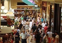 Crowd Management Safety Guidelines for Retailers - HR Blog | Sports Facility Management.4478987 | Scoop.it
