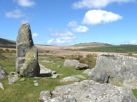 """GB : Stonehenge: 5000 Year Old """"Rock"""" Star Still Making History 
