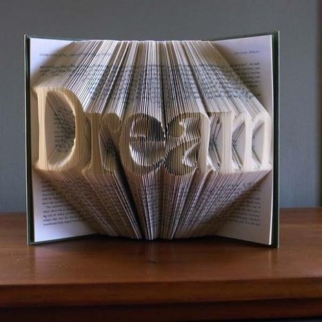 Απίστευτα γλυπτά με διπλωμένες σελίδες βιβλίων! | Book's Leader | Scoop.it