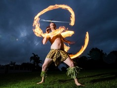 Maths teacher cutting a dash in Samoan fire dance - National | New Zealand Herald | Kiosque du monde : Océanie | Scoop.it