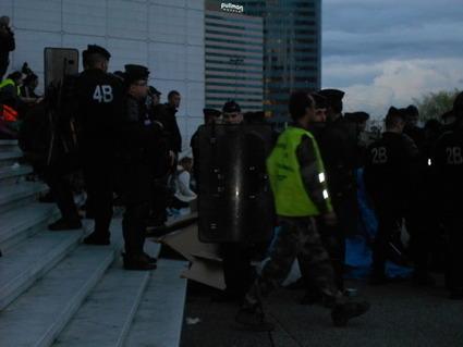 4M Après consultation de l'état-major des forces de l'ordre, la négociation est acceptée | #marchedesbanlieues -> #occupynnocents | Scoop.it