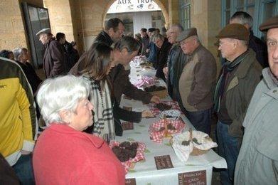 Truffe : plus de quantité, plus de qualité au marché de gros de Sarlat | Agriculture en Dordogne | Scoop.it