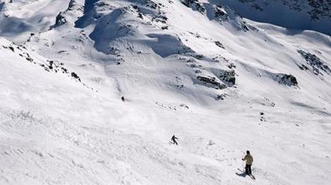 VIDEO. Massif central : la neige ravit les skieurs du Mont-Dore - Francetv info | Le Mont-Dore | Scoop.it