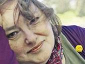 La poesía nos aleja de la alienación y nos acerca a nosotros mismos - Irene Gruss   Comunicación cultural   Scoop.it