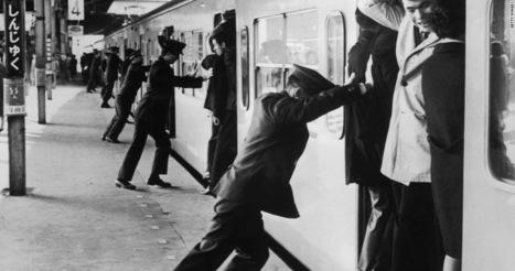 Subway Pushers of Japan | Amusing Planet | Railway anthology | Scoop.it