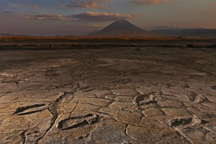 Treasure Trove of Ancient Human Footprints Found Near Volcano | National Geographic | Kiosque du monde : A la une | Scoop.it