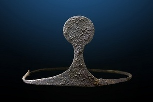 Silver Tiara Among Treasures Discovered in Bronze Age Tomb | Bronze Age | Scoop.it