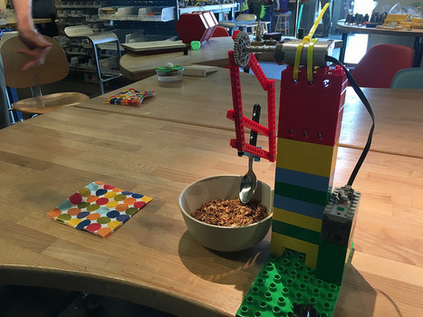 Lego Linkage Experiments | The Tinkering Studio | iPads, MakerEd and More  in Education | Scoop.it