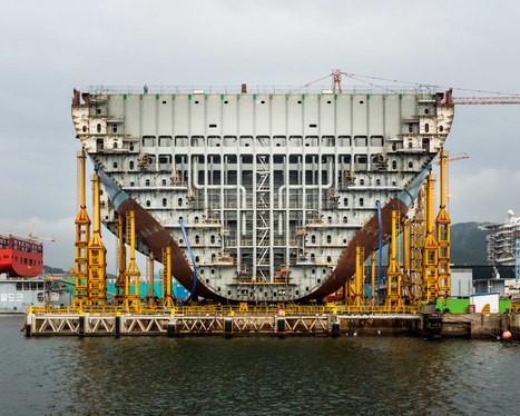 Must See: 'World's Largest Ship' Being Built in South Korea -Interesting Engineering | Top CAD Experts updates | Scoop.it