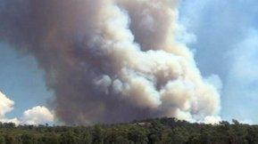 Wind changes, hot day ahead as Grampians bushfire continues to burn - ABC Online   Beremboke   Scoop.it
