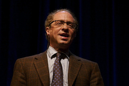 Ray Kurzweil Teams Up With Google to Tackle Artificial Intelligence ... | Agricultural Robots | Scoop.it