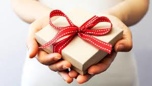 Super Idée Cadeau pour Jeune Maman | Envie de Grandir | Montessori | Scoop.it