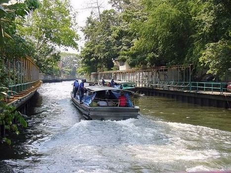 Water-Taxi's in the canals (klongs) of Bangkok. | Thailand best hotels | PLANET ASIAN | Scoop.it