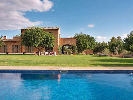 Beautiful Gorgeous Country House in Santa Maria del Cami - Home2s.com | Architecture | Scoop.it