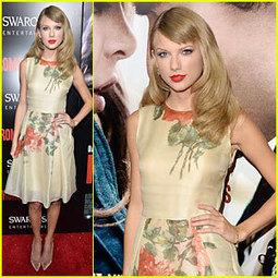 Taylor Swift Supports BFF Hailee Steinfeld at 'Romeo & Juliet ... | singers | Scoop.it