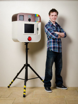 Teen Photographer Builds an Instagram-Inspired Photo Booth   What's new in Visual Communication?   Scoop.it