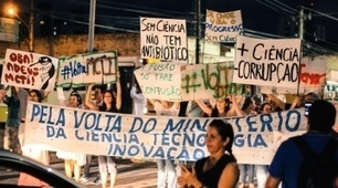 Brazil's scientists start street protests against ministry merger | Higher Education and academic research | Scoop.it