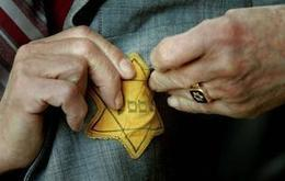 Accidental hero: Human kindness in the midst of Holocaust horror - Deseret News | Our Collective Good | Scoop.it