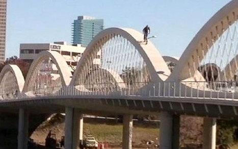 Reckless daredevil rides bridge arches on BMX - | Strange days indeed... | Scoop.it