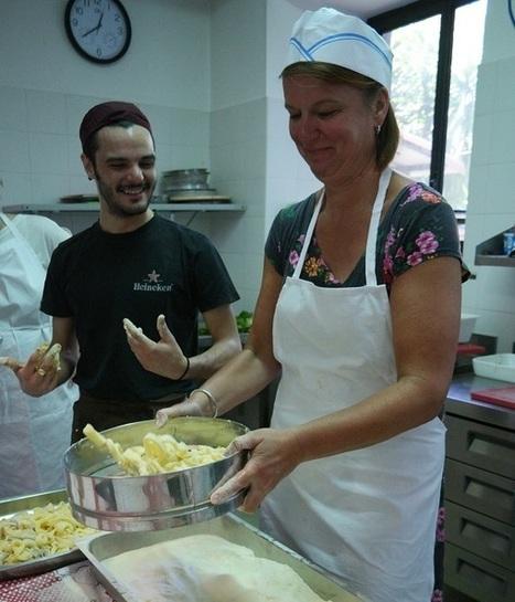 Chefs in een Siciliaanse keuken | Ciao tutti, Ontdek Italië | La Cucina Italiana - De Italiaanse Keuken - The Italian Kitchen | Scoop.it