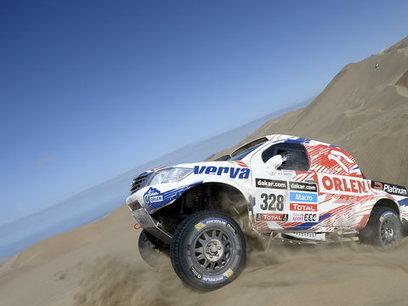 Sealine Qatar Rally: Biało-Czerwone święta w Katarze - Onet.pl | Polski Off-road | Scoop.it