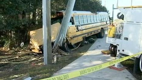 Video released in violent Florida school bus crash; driver runs red light and plows into car and power pole | The Billy Pulpit | Scoop.it