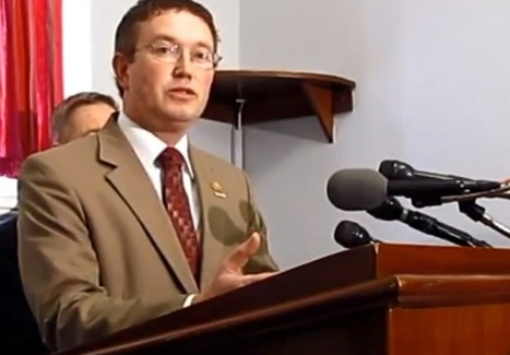 Rep. Thomas Massie on 28 Redacted Pages of 9/11 Report: Shocking, But Won't Hurt National Security if Released - Freedom Outpost | Coffee Party News | Scoop.it