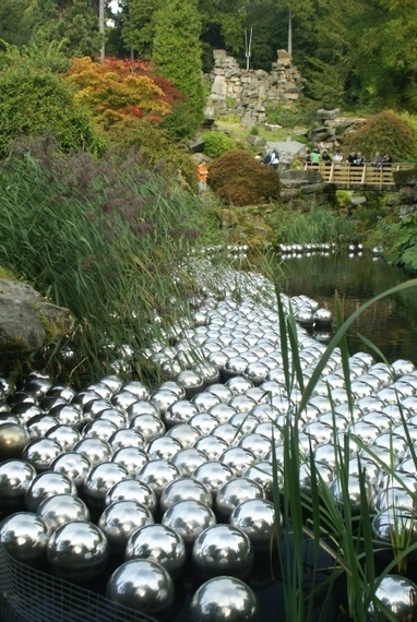 "Yayoi Kusama: ""Narcissus Garden"" 