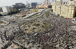 Egypt's Crisis: Tehran Sees Potential Benefit But Nervously | Coveting Freedom | Scoop.it