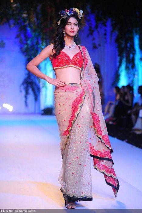 Buy ethnic designer Indian outfits online-Zarilan | indian wedding dresses | Scoop.it